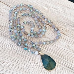 Agate Gemstone Bead Knotted Necklace - Green